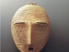 Collection: Out of Africa - 5th Picture<br><br>Pendant / stylized head in gold. Ivory Coast.